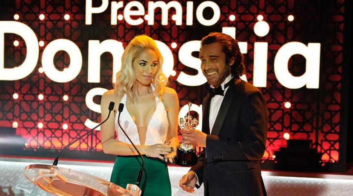 Jordi Mollà y Bárbara Mori en 'Operación Concha'
