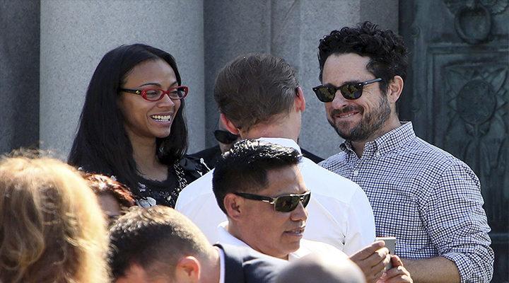 Zoe Saldana y J.J. Abrams