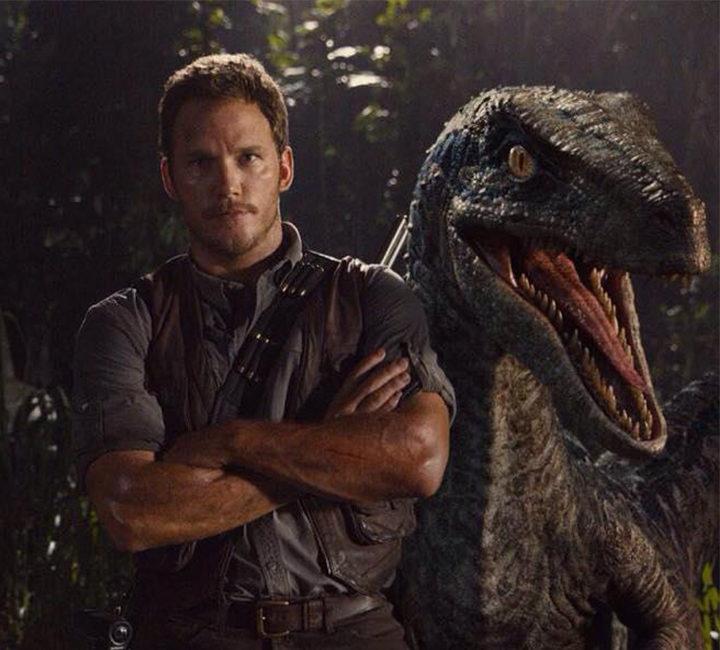 Chris Pratt en una imagen promocional de 'Jurassic World'