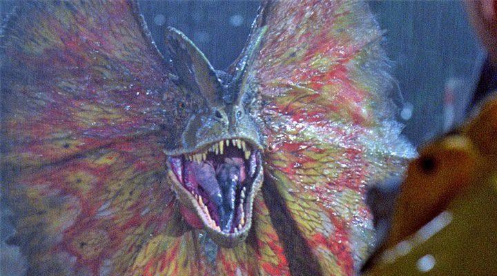 'El dilophosaurus ataca'