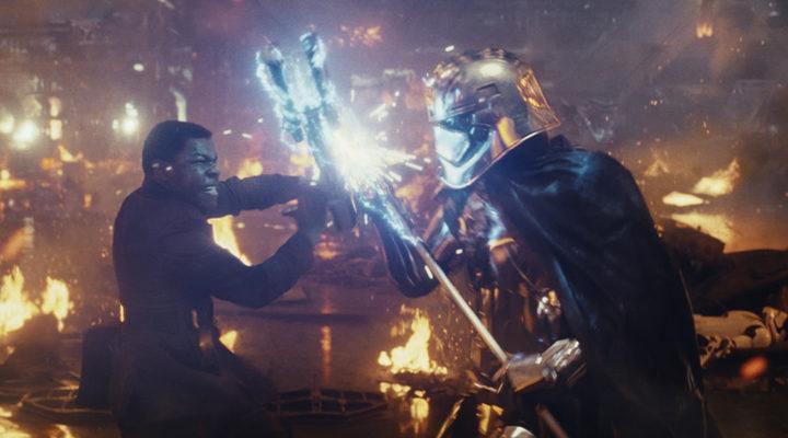 Finn y Captain Phasma en 'Star Wars: Los últimos Jedi'