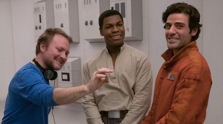 Rian Johnson, John Boyega y Oscar Isaac