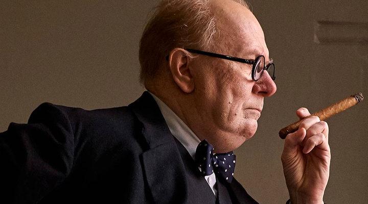Gary Oldman en el papel de Winston Churchill