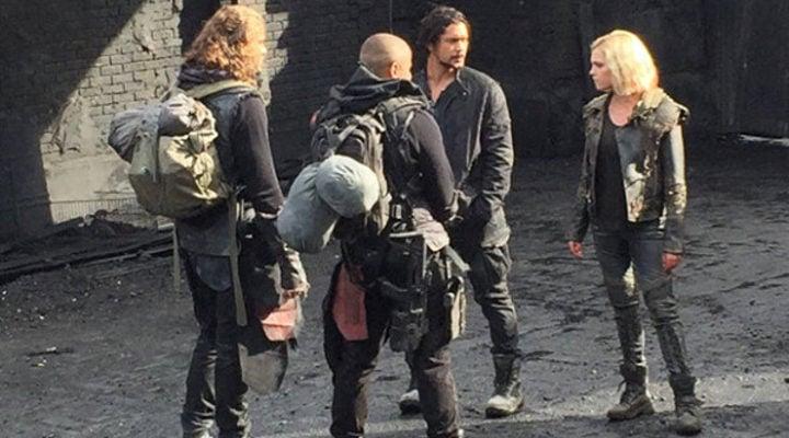 Clarke, Bellamy </p><p>y compañía reunidos en la quinta temporada