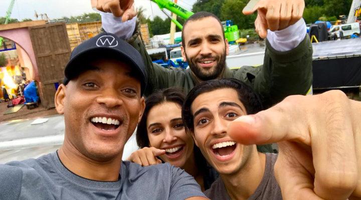 El reparto pasándoselo bien durante el rodaje de 'Aladdin'