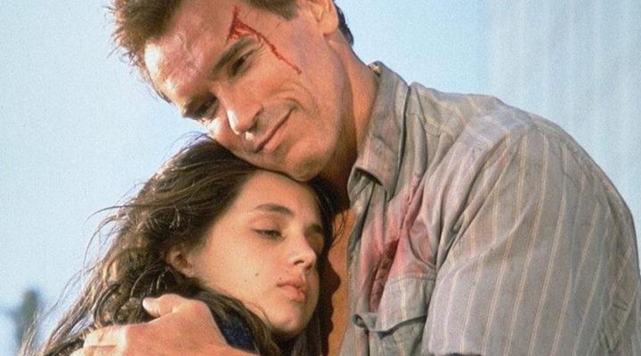 Arnold Schwarzenegger y Eliza Dushku
