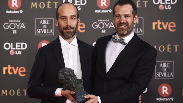Jose Mari Goenaga y Andoni de Carlos, ganadores del Goya a Mejor guión por 'Handia'