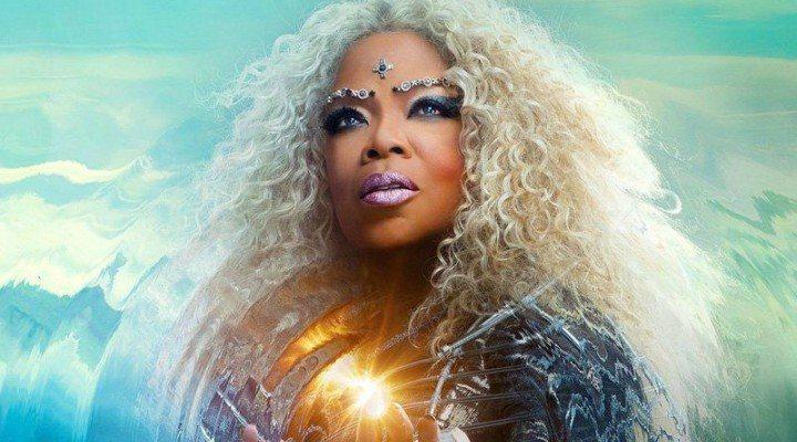 Oprah Winfrey como la Señora Cuál de 'Un pliegue en el tiempo'