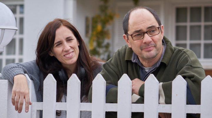 Juana Macías y Jordi Sánchez en el rodaje de 'Bajo el mismo techo'