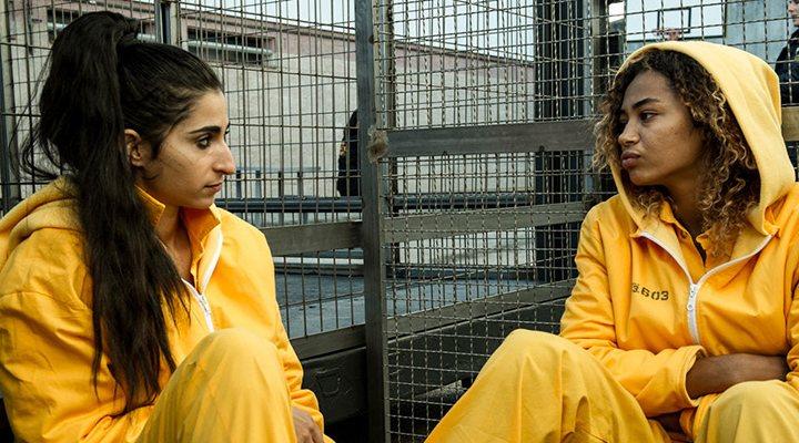 Alba Flores y Berta Vázquez interpretan a Saray </p><p>y Estefanía (Rizos)