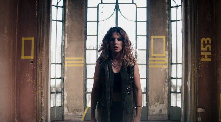 Videoclip 'Hay algo en mí' Miriam