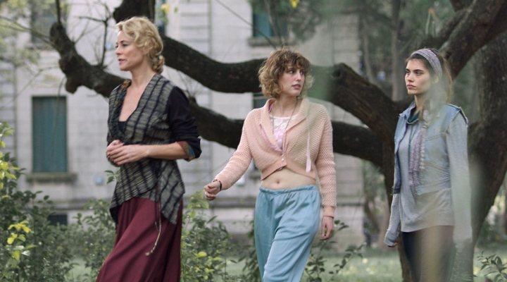 Belén Rueda, Natalia de Molina y Eva de Dominici en 'No dormirás'