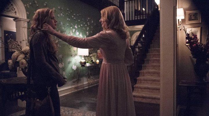 Amy Adams y Patricia Clarkson en 'Heridas abiertas'
