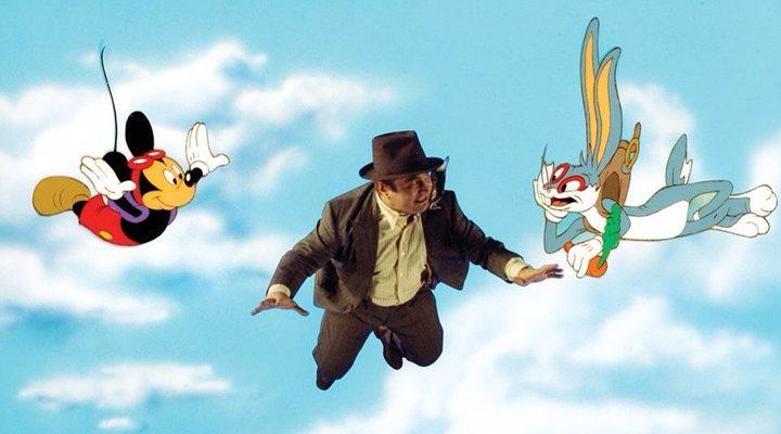 Bob Hoskins, Mickey Mouse y Bugs Bunny en '¿Quién engañó a Roger Rabbit?'