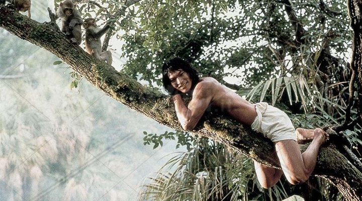 Jason Scott Lee (el de la izquierda) en 'El libro de la selva: La aventura continúa'