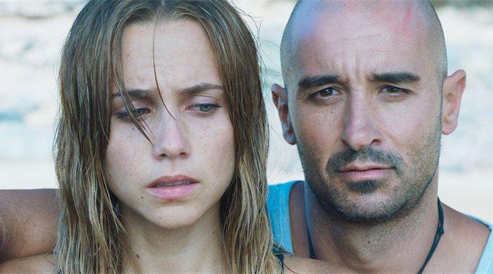 Aura Garrido y Alain Hernández en 'Solo'