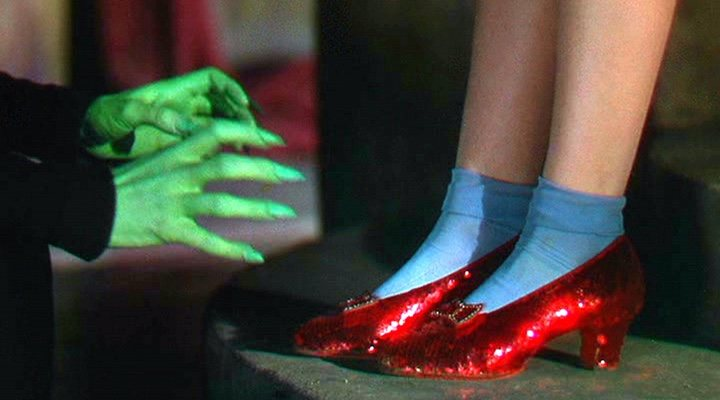 El Mago De Oz Después De Trece Años El Fbi Recupera Los Zapatos Rojos Robados Ecartelera