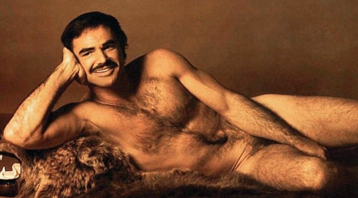 Burt Reynolds posando para Cosmopolitan