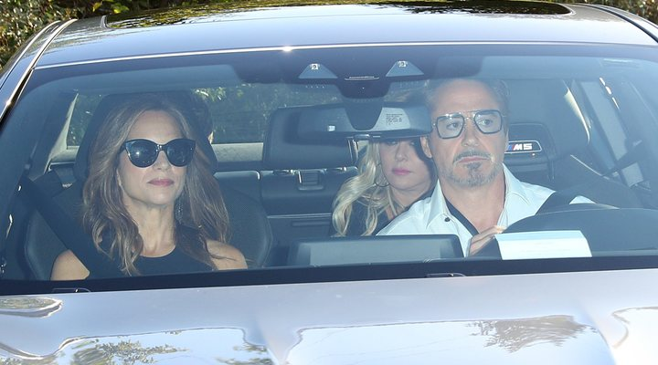 Robert Downey Jr. con su mujer en la boda de Gwyneth Paltrow