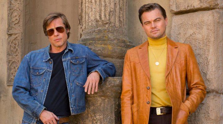 Brad Pitt junto a Leonardo Di Caprio en el rodaje de 'Once Upon a Time... in Hollywood'