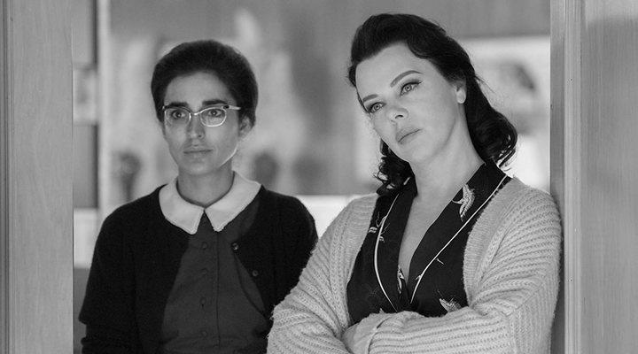 Inma Cuesta y Debi Mazar en 'Arde Madrid'