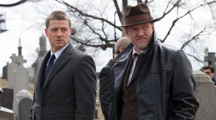Ben McKenzie y Donal Logue en 'Gotham'