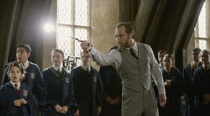 Jude Law en 'Animales fantásticos: Los crímenes de Grindelwald'