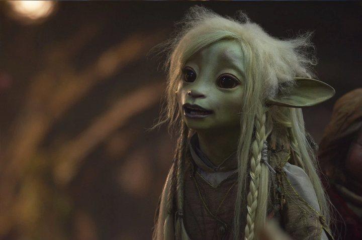 Deet, interpretada por Nathalie Emmanuel