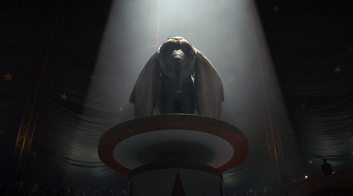 Fotograma de 'Dumbo' de Tim Burton