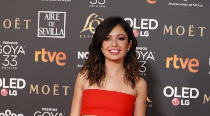 Anna Castillo en la alfombra de los Goya