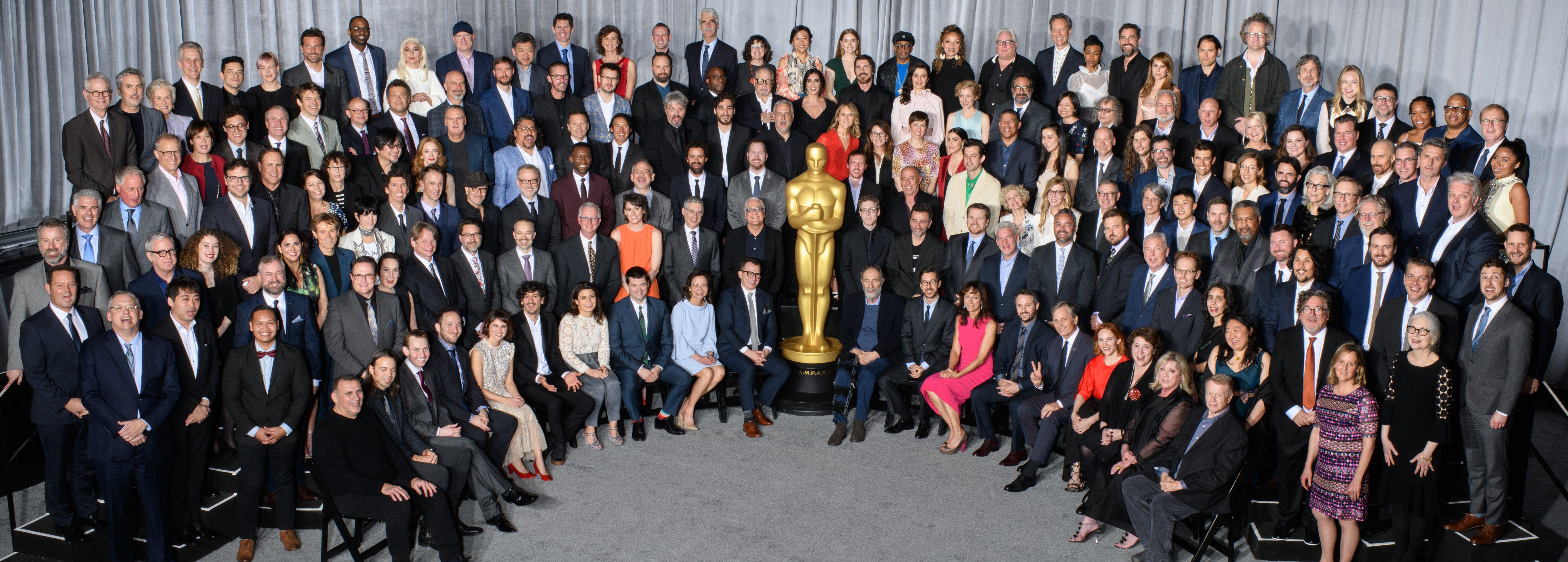 Los nominados a los Oscar 2019 se hacen la tradicional foto de familia
