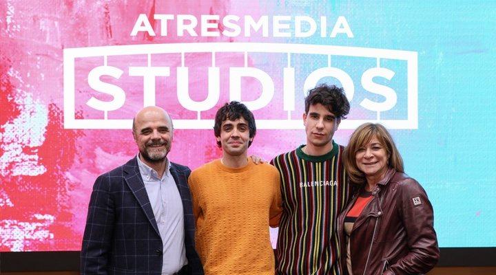 Los Javis y Atresmedia Studios