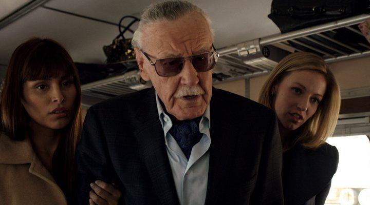 Stan Lee en uno de sus populares cameos