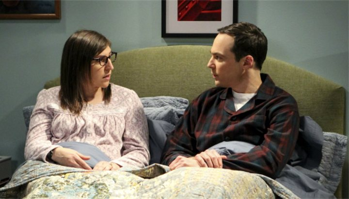 Amy y Sheldon en 'The Big Bang Theory'