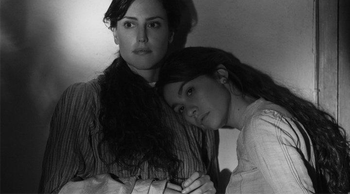 Natalia de Molina y Greta Fernández en 'Elisa y Marcela'