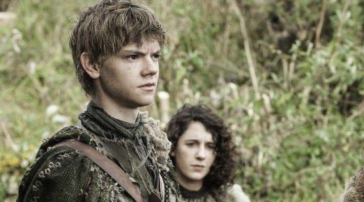 Jojen preguntándose por qué Bran le mira tanto