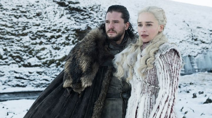 Daenerys e Jon Snow in 'Game of Thrones'