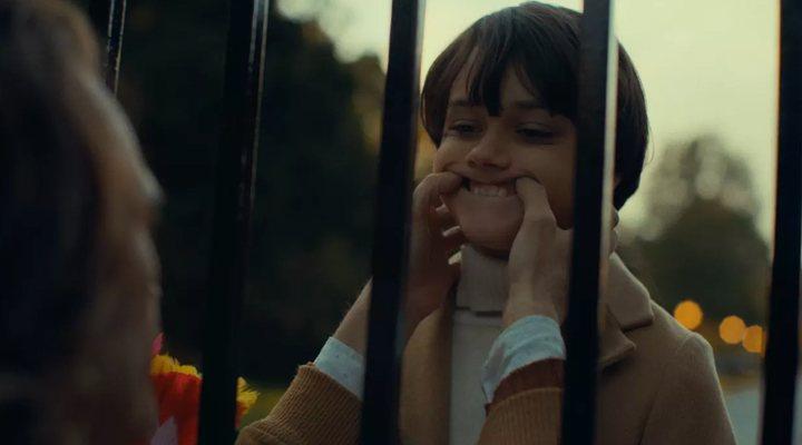 Dante Pereira-Olson como Bruce Wayne en 'Joker'