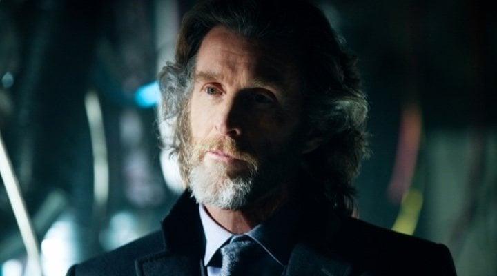 John Glover como Lionel Luthor