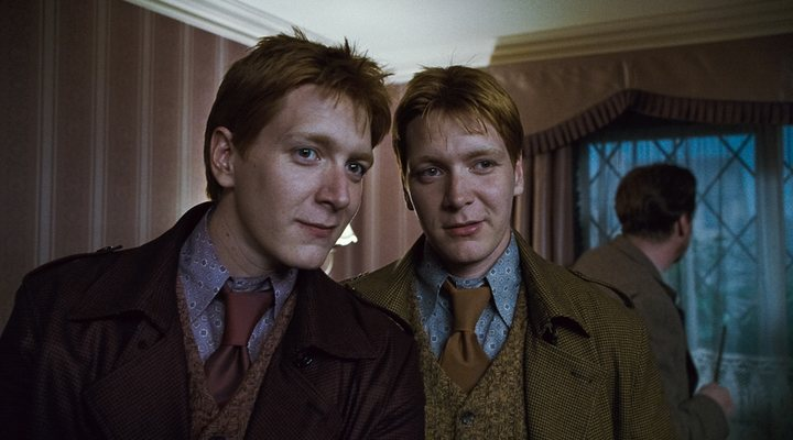 'James y Oliver Phelps en 'Harry Potter y las Reliquias de la Muerte: Parte 1''