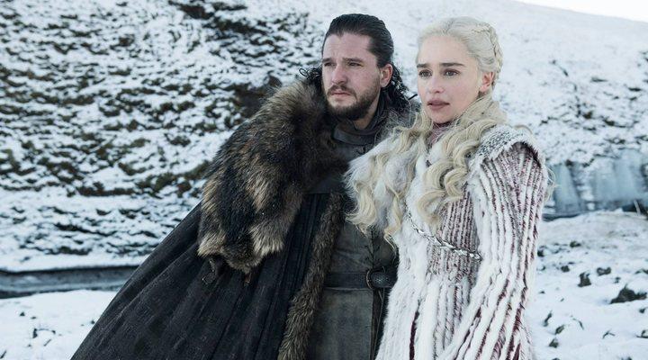 Emilia Clarke y Kit Harington en 'Juego de Tronos'