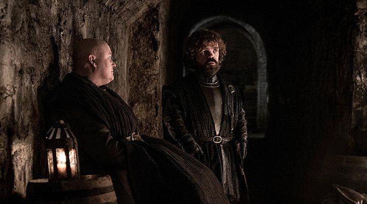 'Tyrion y Varys en las criptas'