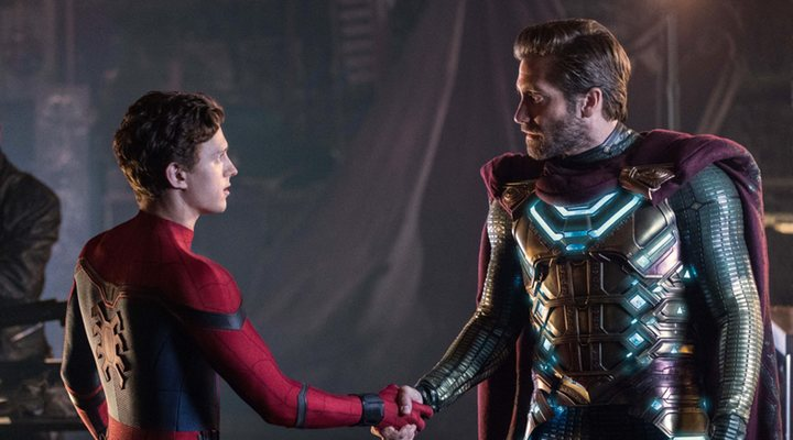 Tom Holland y Jake Gyllenhaal en 'Spider-Man: Far From Home'