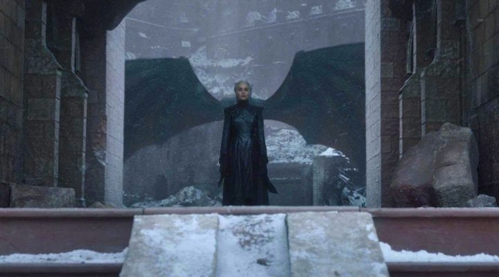 Plano Daenerys Alas 'Juego de Tronos'