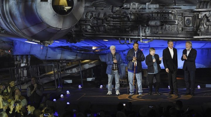 George Lucas, Harrison Ford y Mark Hamill inauguran 'Star Wars: Galaxy's Edge':