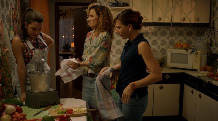 Fotograma de 'Señoras del (h)AMPA' Toni Acosta, Nuria Herrero y Malena Alterio
