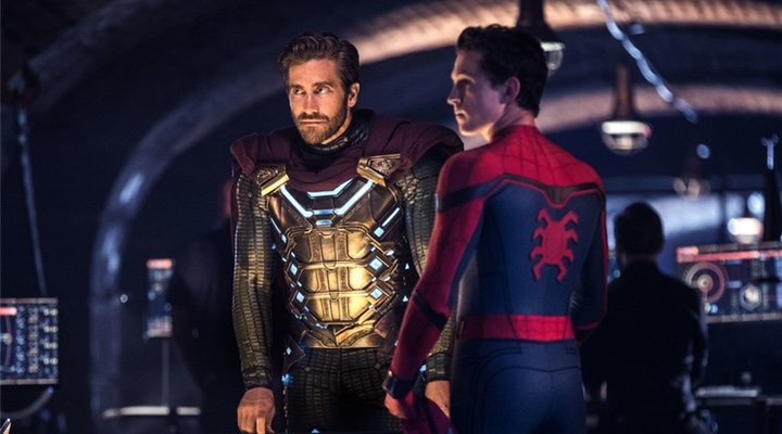 Jake Gyllenhaal y Tom Holland en 'Spider-Man: Lejos de Casa'