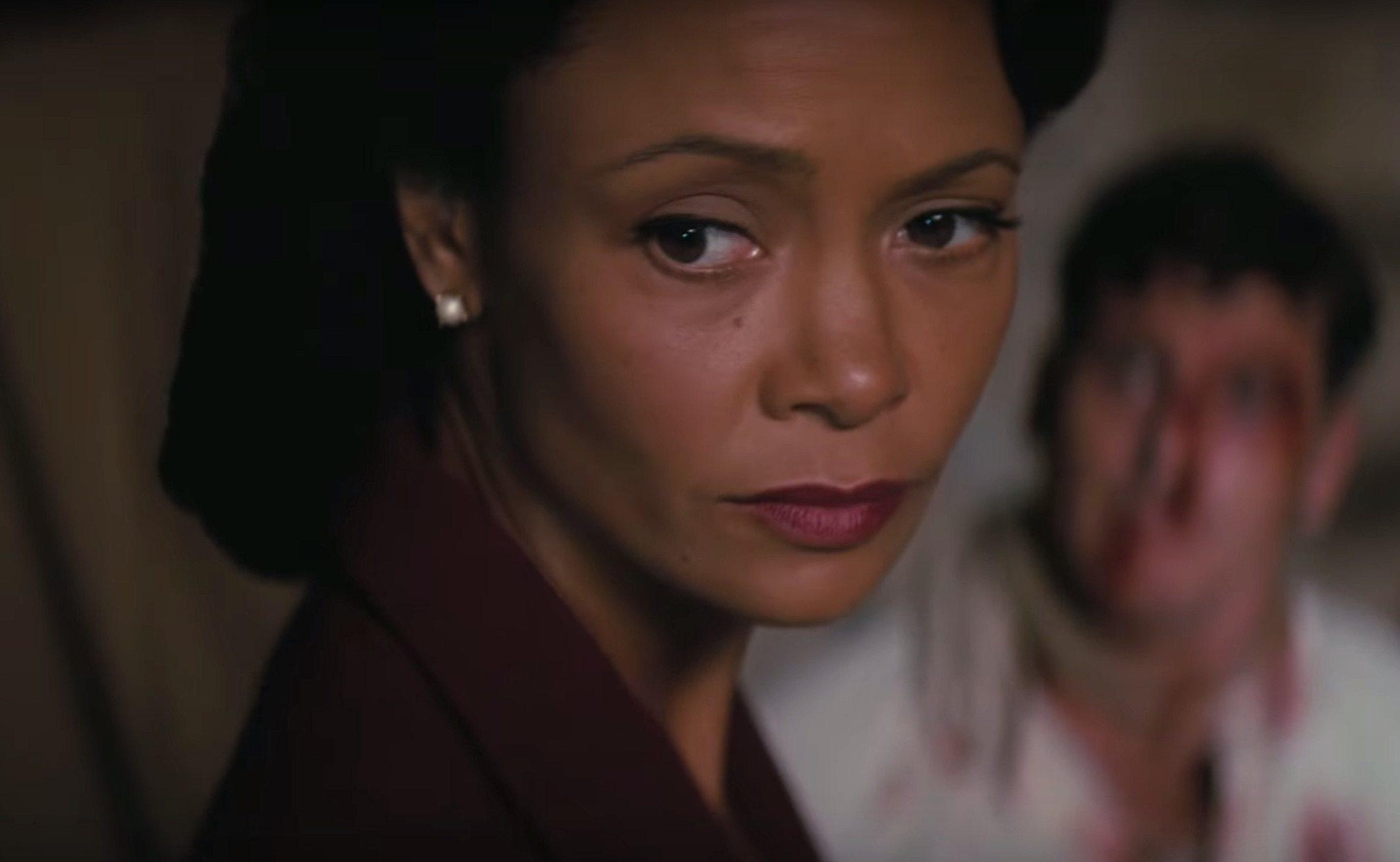 Thandie Newton como Maeve