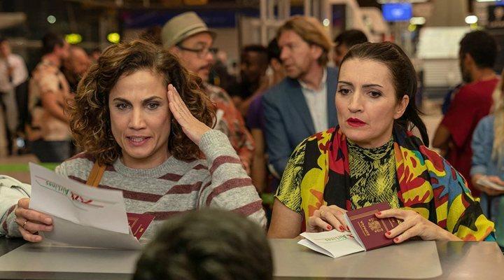 Toni Acosta y Silvia Abril en 'Padre no hay más que uno'