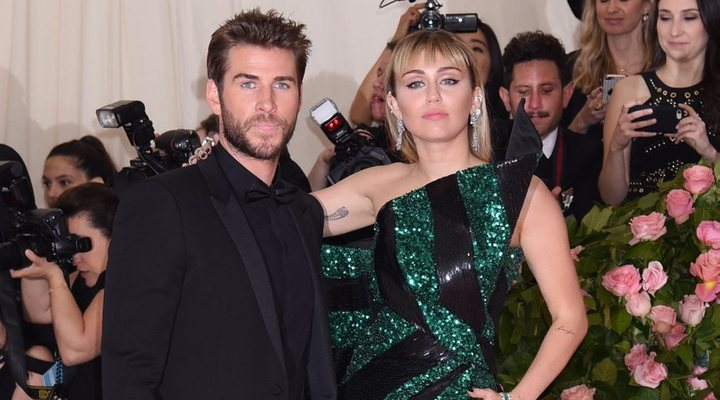 Miley </p><p>Cyrus y Liam Hemsworth